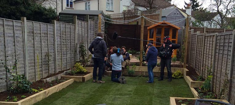Bbc garden rescue scott taylor charlie dimmock the The rich brothers gardeners
